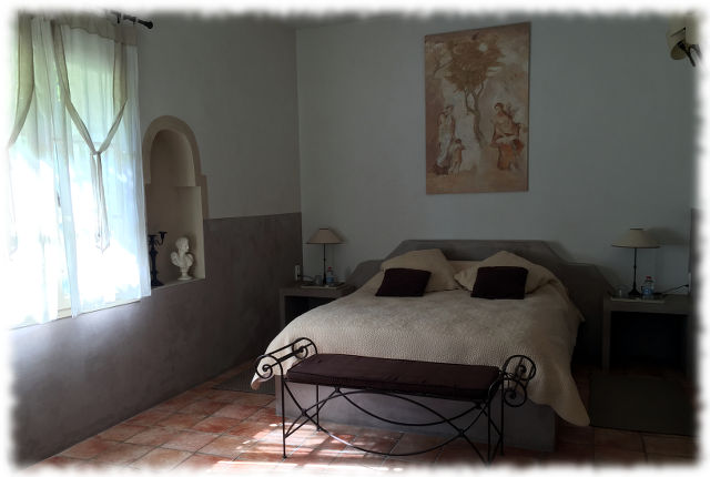 Bed and BreakFast Avignon - Les Ocres - Lit bibl