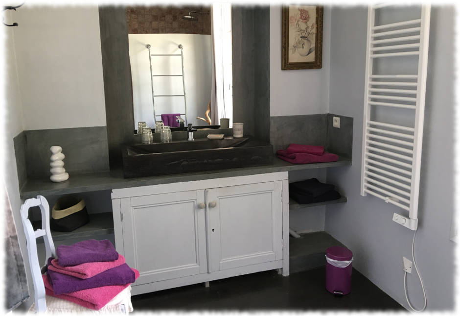 Bed and Breakfast Avignon - Suite La Farandole - Bathroom